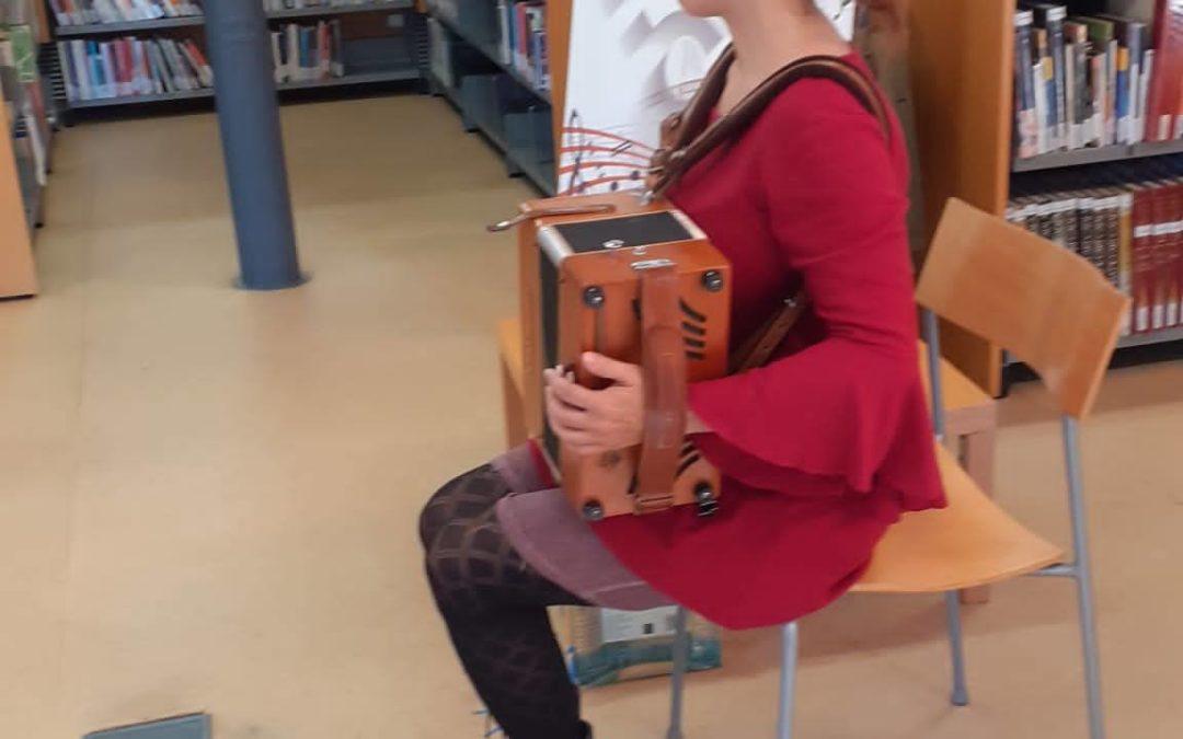 Visita a la Biblioteca de Cabrils P5